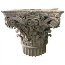 Grand chapiteau corinthien en plâtre, France fin du XIXème siècle