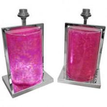 Paire de grands pieds de lampe lumineux en résine rose foncé et métal chromé