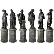 Six personnages sur leurs socles, en terre cuite, Espagne vers 1880