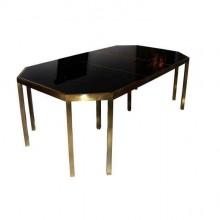 Table de salle à manger en laiton poli et verre opalin noir attribuée à la Maison Jansen, France vers 1970